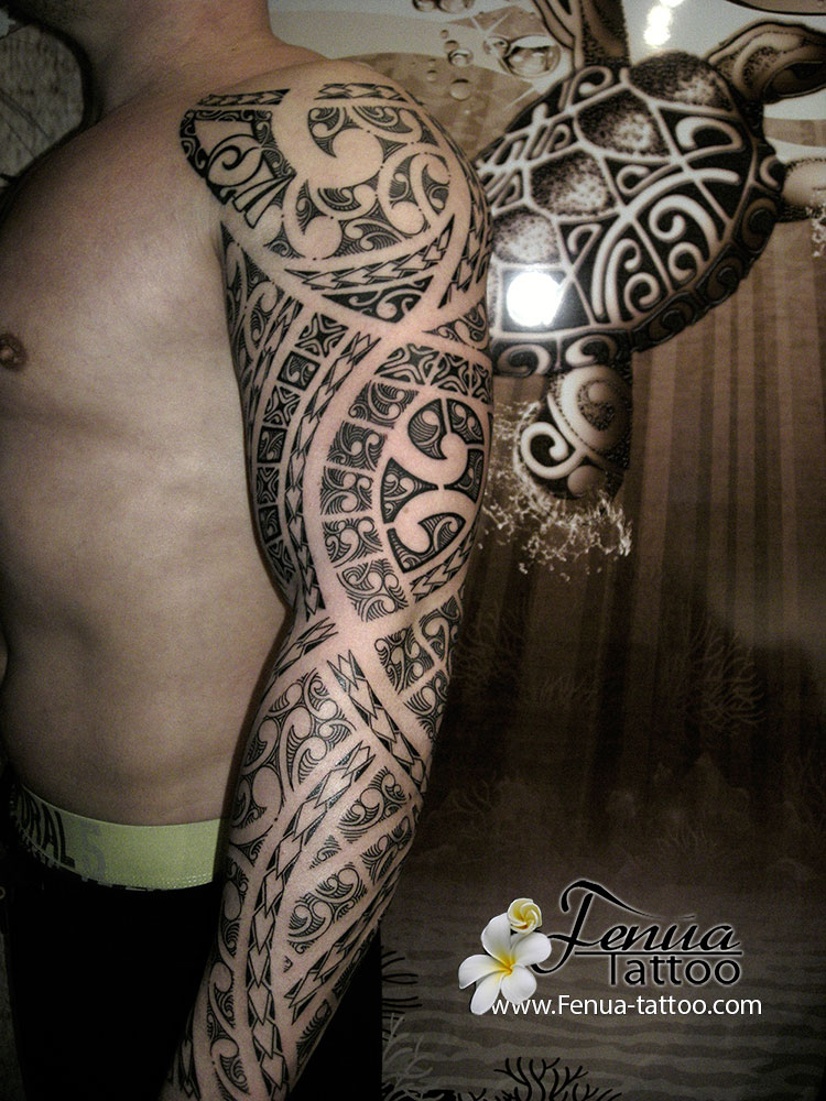 tattoo polynesien bras paule tatouage polyn sien tatoouages fenua tattoo. Black Bedroom Furniture Sets. Home Design Ideas