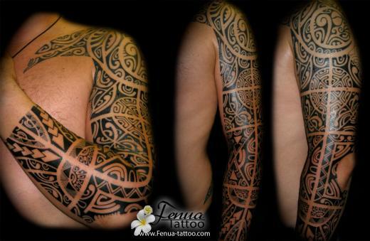 2a tatouage polynesien sur tout le bras tatouage polyn sien tatoouages fenua tattoo. Black Bedroom Furniture Sets. Home Design Ideas