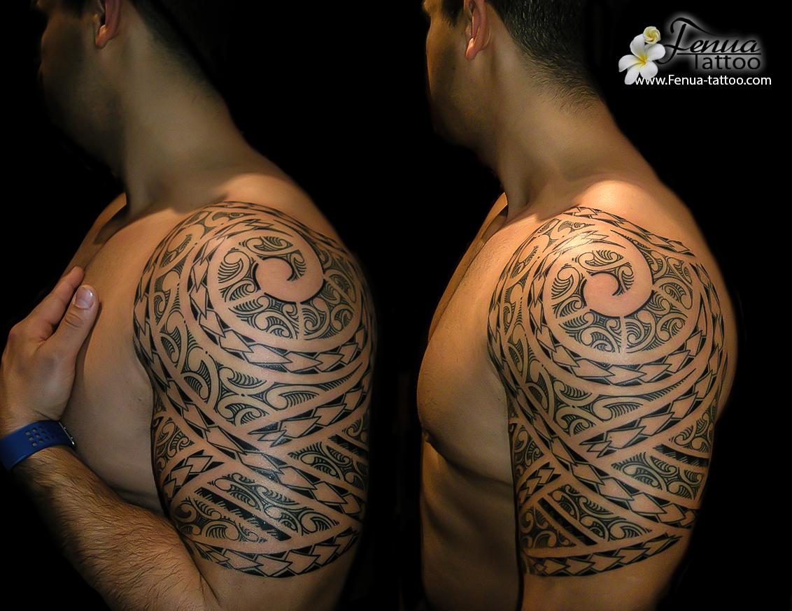 tatouage polynésien bras epaule